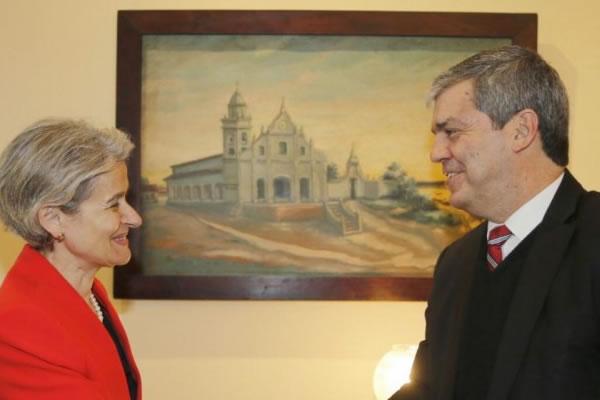 UNESCO insta fortalecer la educación superior